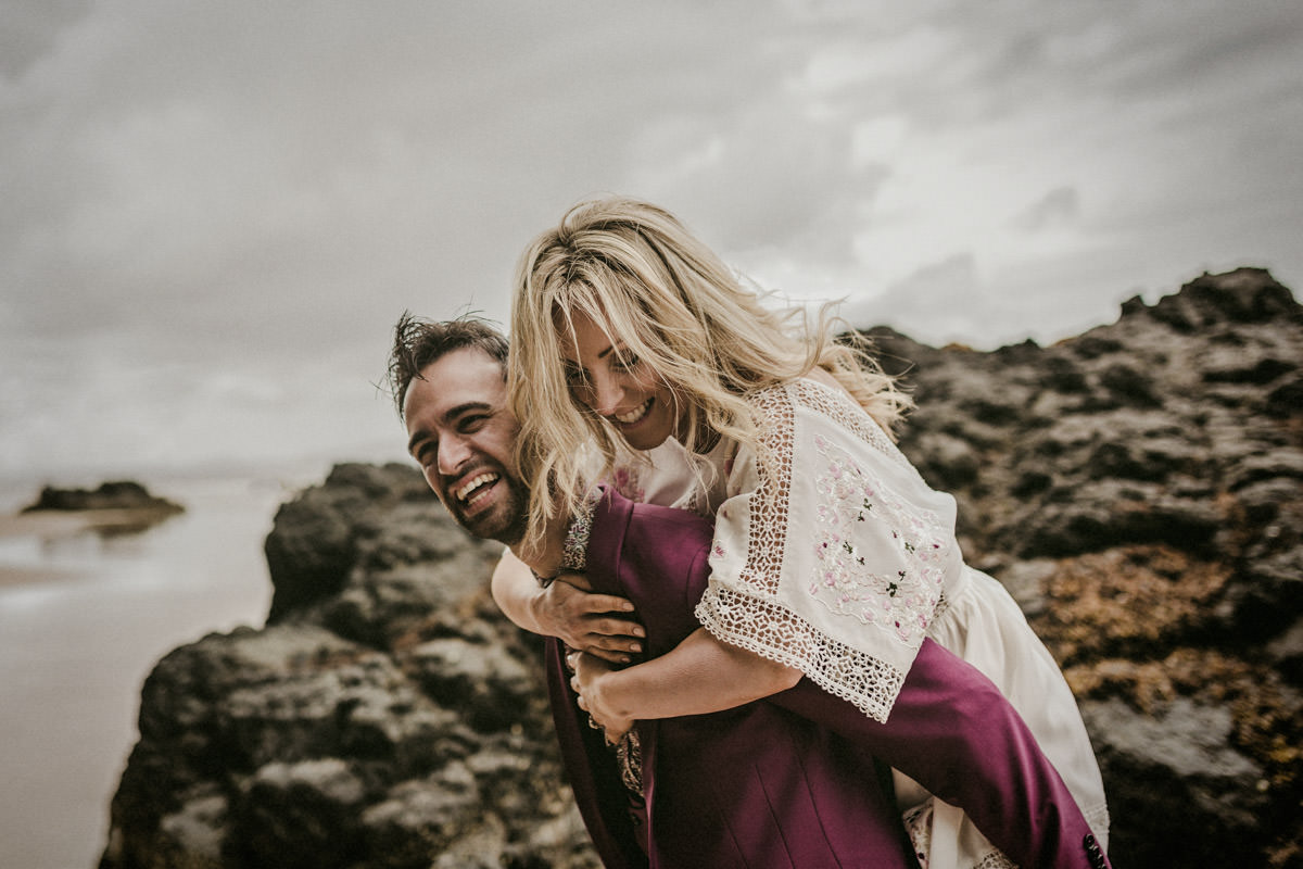 Alexander_and_Eve_coast_engagement_session_north_coast